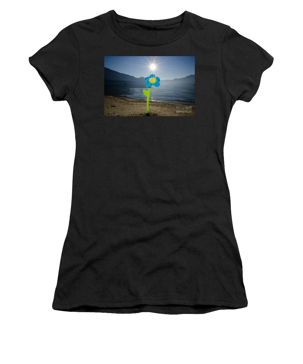 Smile Flower Women's T-Shirt (Athletic Fit) featuring the photograph Smile Flower On The Beach by Mats Silvan