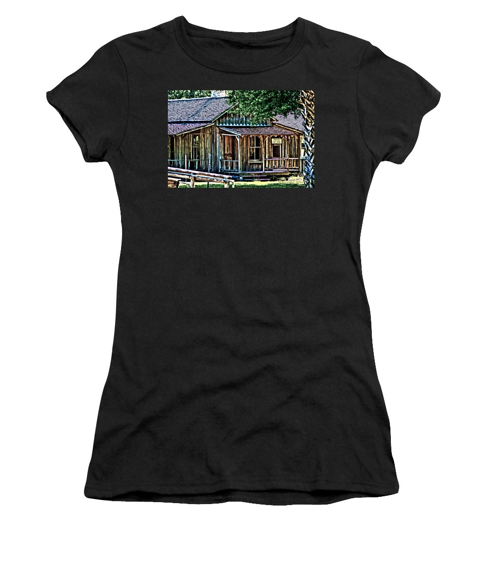 Fort Christmas Fl Women's T-Shirt (Athletic Fit) featuring the photograph The Post Office by Shannon Harrington