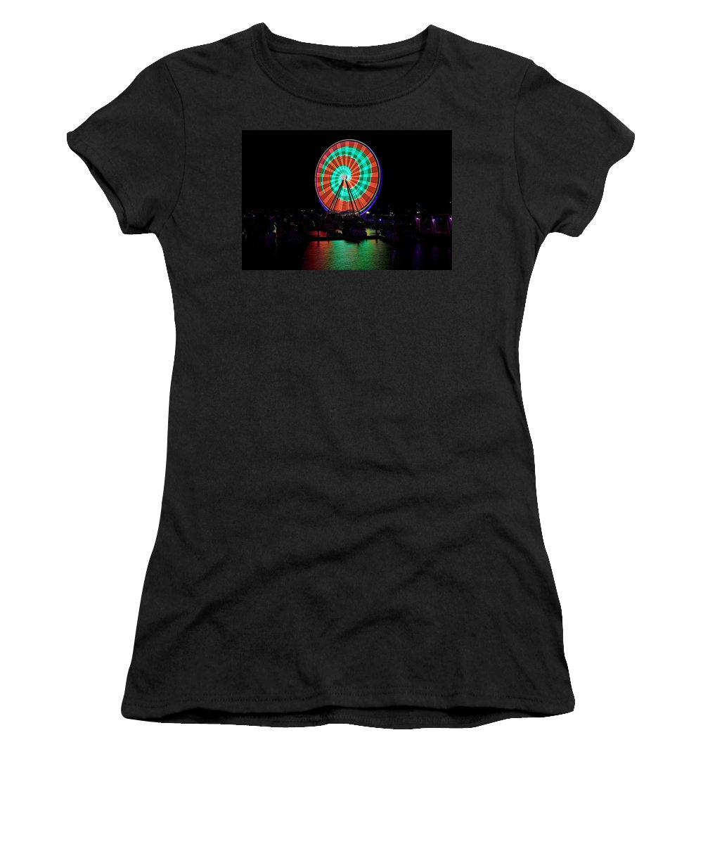 Capital Wheel Women's T-Shirt (Athletic Fit) featuring the photograph Capital Wheel by Bill Dodsworth