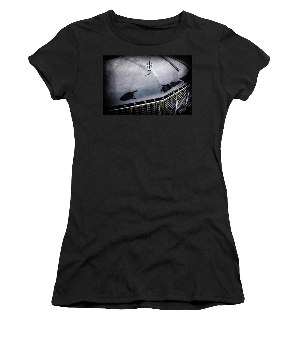 1956 Lincoln Continental Mark Ii Hess And Eisenhardt Convertible Grille Emblem - Hood Ornament Women's T-Shirt featuring the photograph 1956 Lincoln Continental Mark II Hess And Eisenhardt Convertible Grille Emblem - Hood Ornament -0126 by Jill Reger