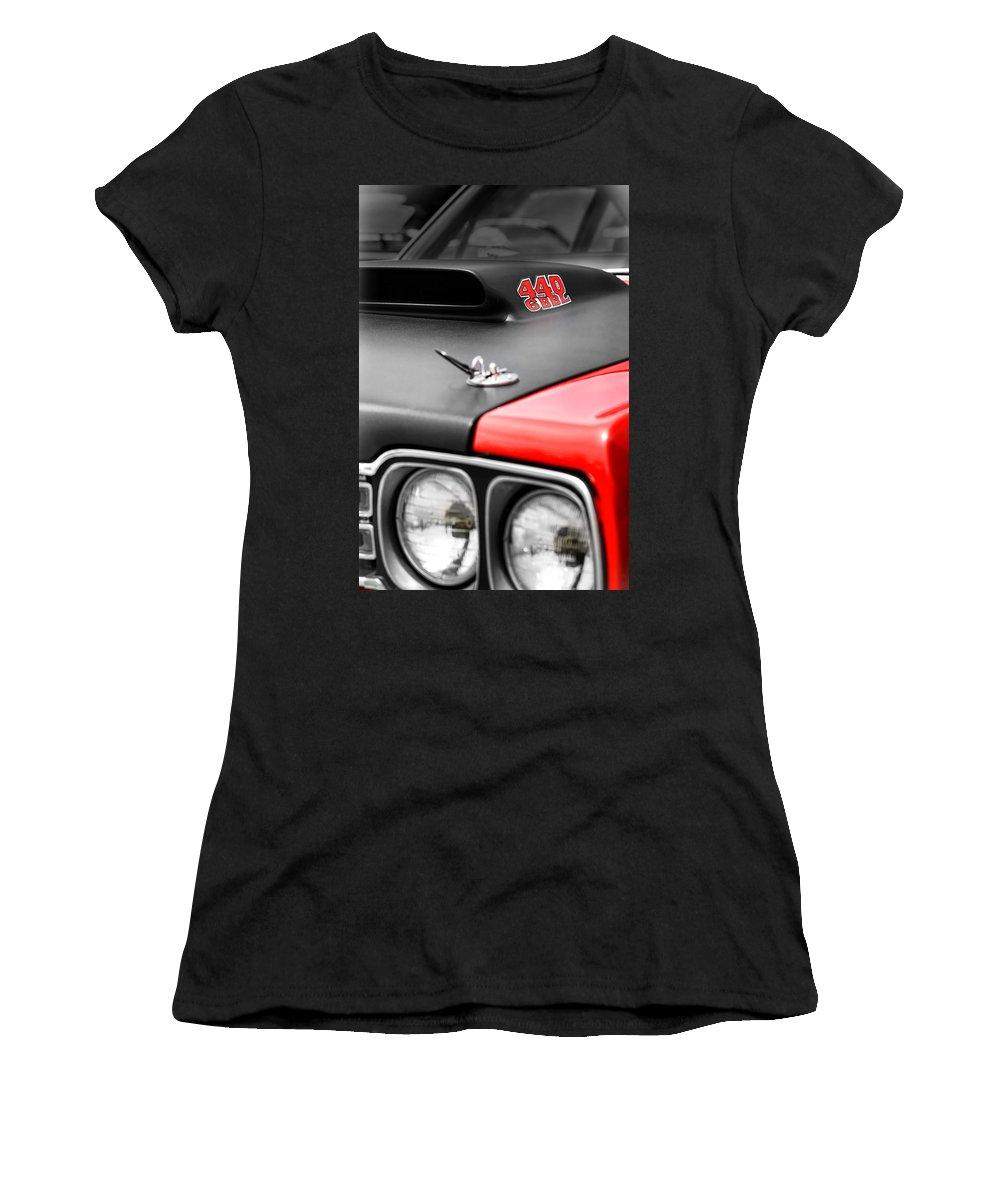 0cfaee74 1969 Plymouth Road Runner 440 6bbl Women's T-Shirt for Sale by Gordon Dean  II