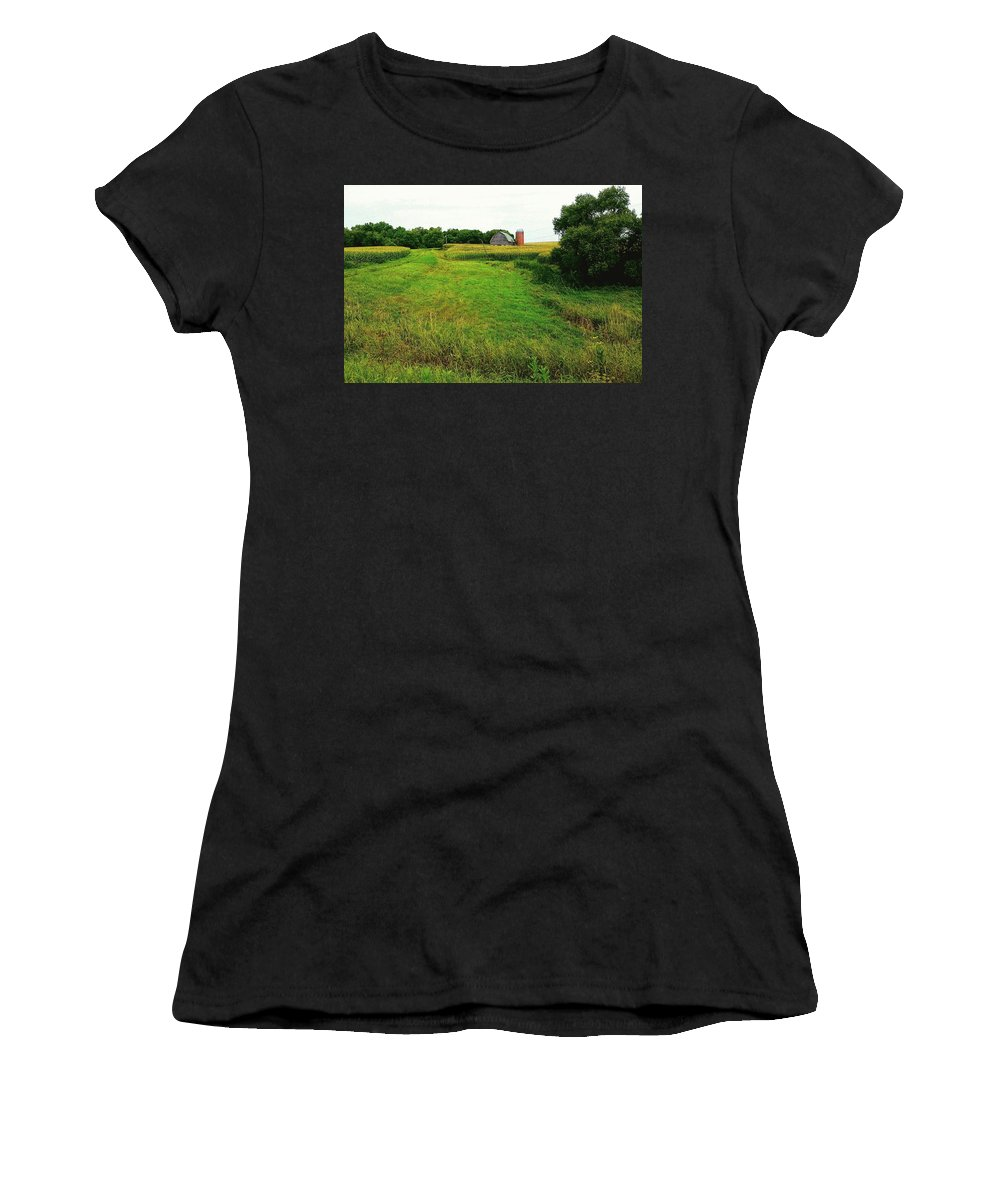 Barn Women's T-Shirt featuring the photograph A Distant Longing by Curtis Tilleraas