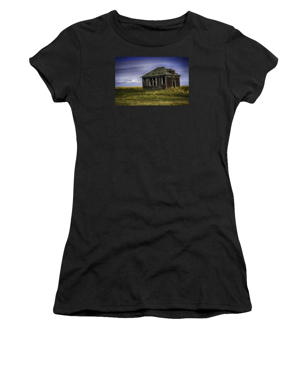 Barn Women's T-Shirt (Athletic Fit) featuring the photograph Abandoned Beauty by Eclectic Edge Photography Kevin and Diana Holton