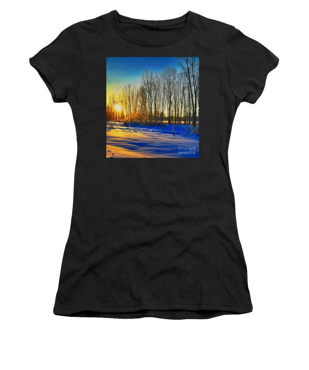 Morning Sun Winter Cold Gold Related Tags: Sunset Artwork Women's T-Shirt (Athletic Fit) featuring the photograph All That Color by Robert Pearson