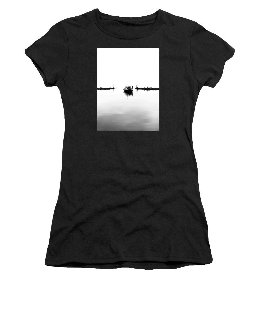 Sea Women's T-Shirt (Athletic Fit) featuring the photograph Back To Life by Anas Nasheed