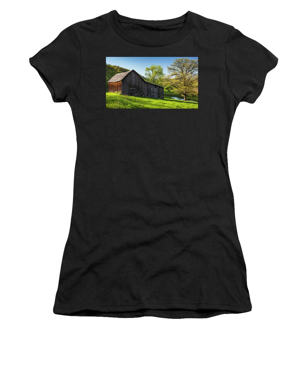 5dii Women's T-Shirt (Athletic Fit) featuring the photograph Bad Axe Barn by Mark Mille