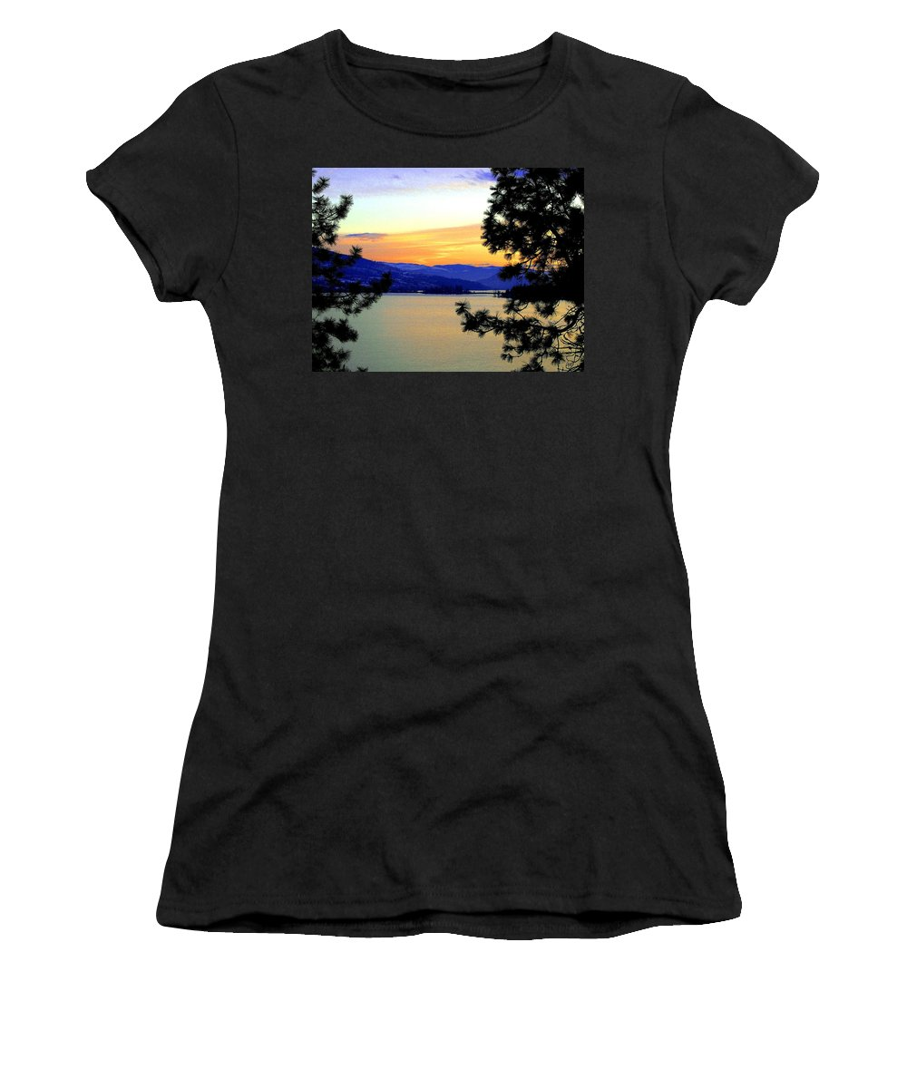 Oyama Women's T-Shirt featuring the photograph Beautiful Oyama Isthmus by Will Borden