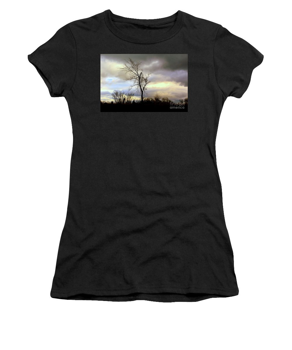 Tree Women's T-Shirt (Athletic Fit) featuring the photograph Broken by Elfriede Fulda