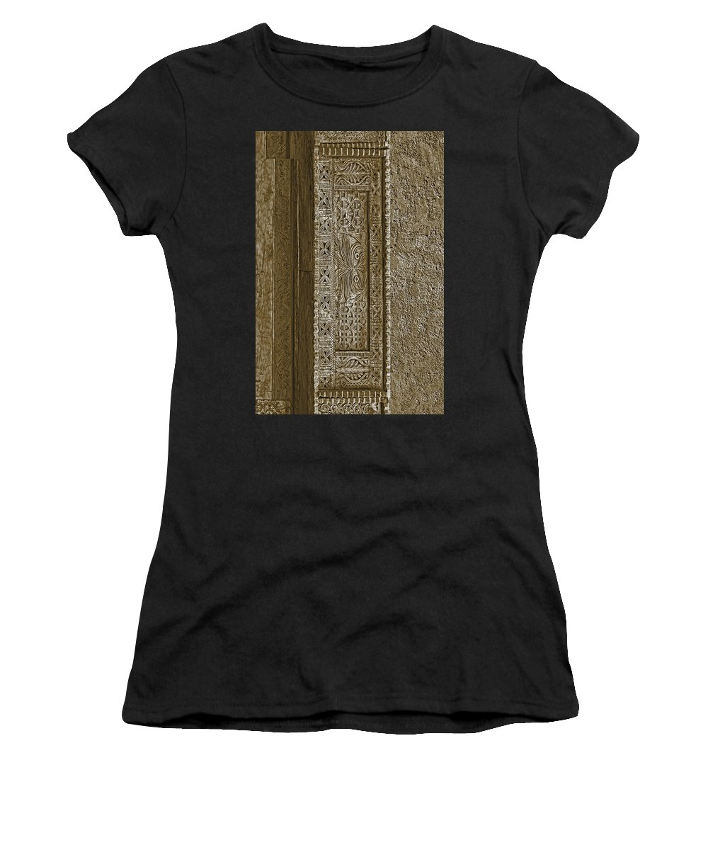 Southwestern Women's T-Shirt featuring the photograph Carving - 5 by Nikolyn McDonald