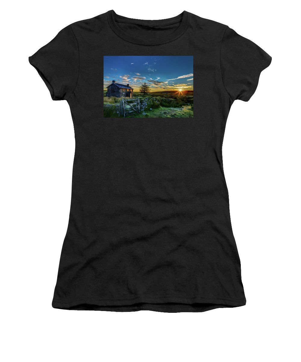 Sunrise Women's T-Shirt (Athletic Fit) featuring the photograph Derelict Cottage Nun's Cross, Dartmoor, Uk. by Maggie McCall