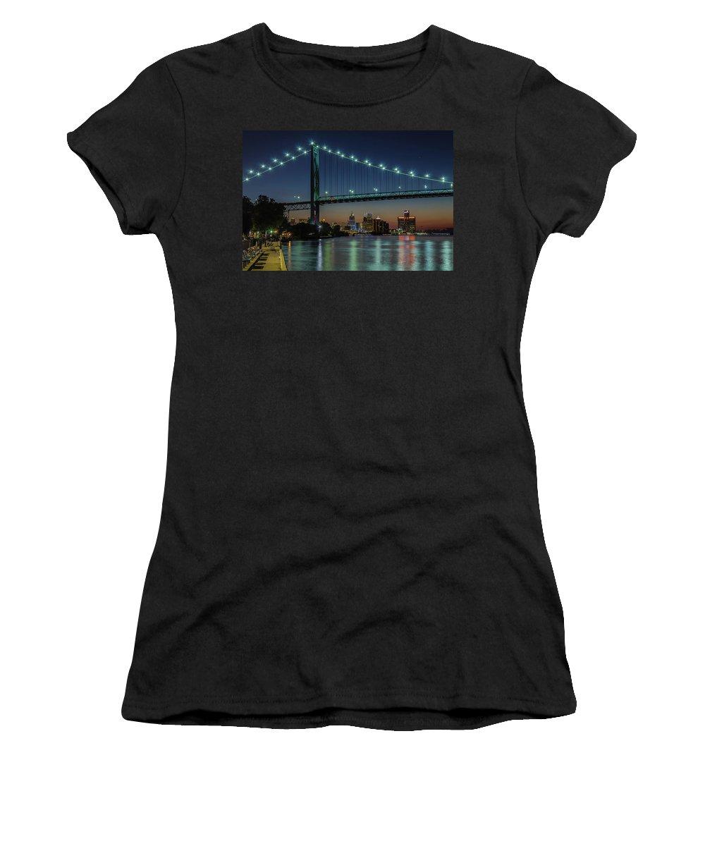 Detroit Women's T-Shirt featuring the photograph Detroit Riverside Sparkle by Jay Smith