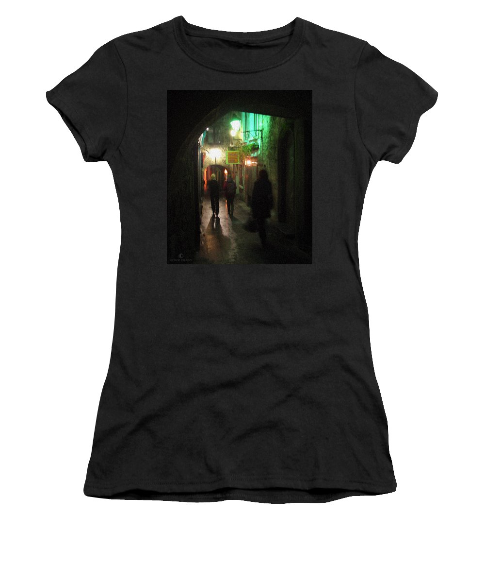 Ireland Women's T-Shirt (Athletic Fit) featuring the photograph Evening Shoppers by Tim Nyberg