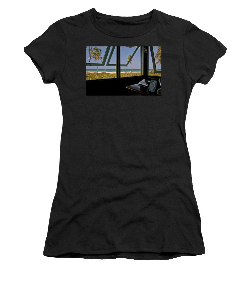 Florida Women's T-Shirt (Athletic Fit) featuring the photograph Florida Lunch by Steven Sparks