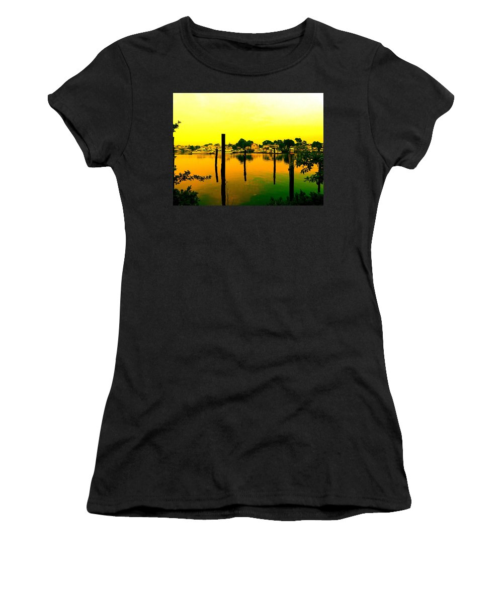 Waterscape Women's T-Shirt (Athletic Fit) featuring the photograph Happy Homes by Kendall Eutemey