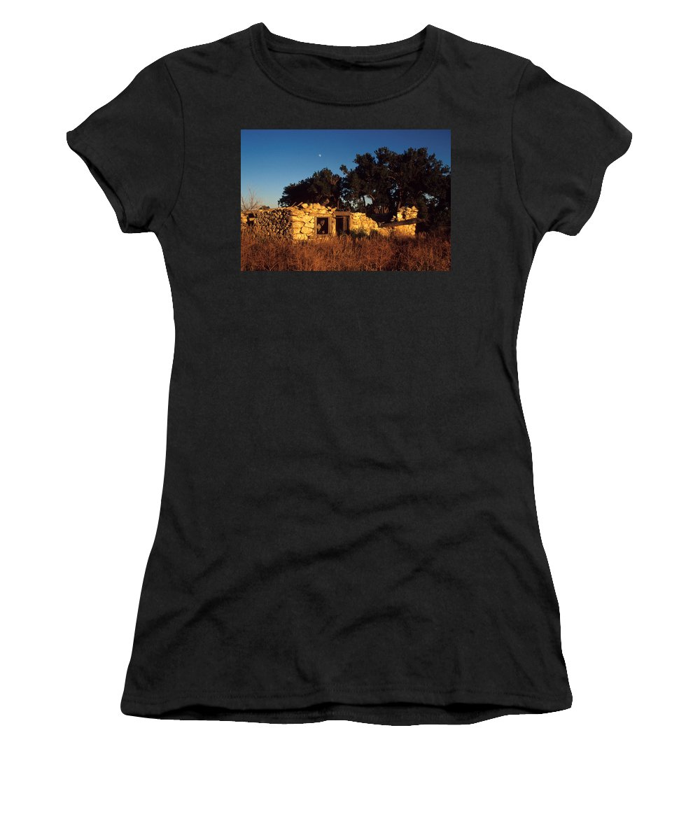 Landscape Women's T-Shirt (Athletic Fit) featuring the photograph Highway 30 Homestead by Jerry McElroy