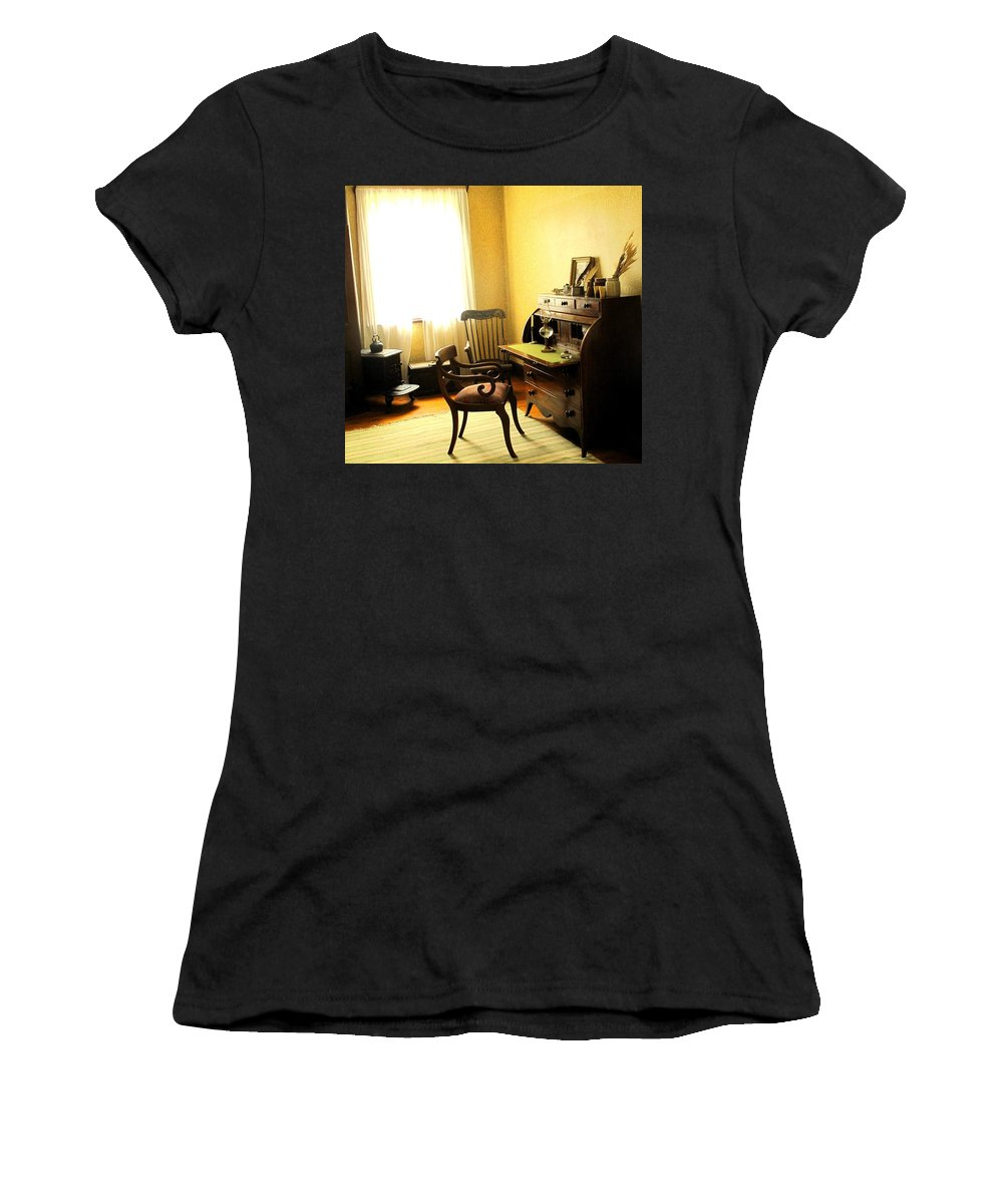 Antique Women's T-Shirt featuring the photograph I Will Be Right Back by Ian MacDonald