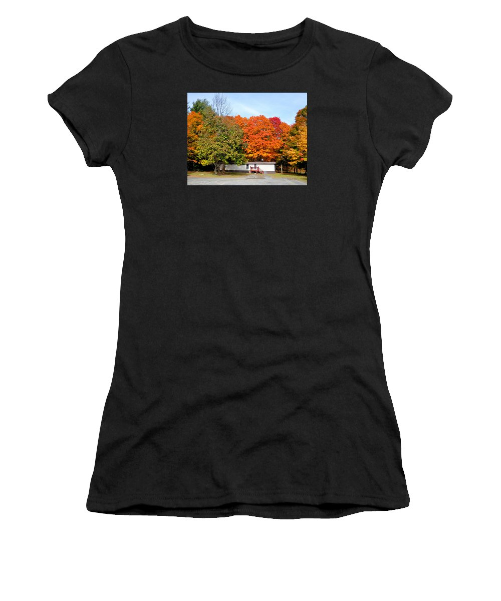 Landscape View Of Mobile Home Women's T-Shirt featuring the painting Landscape View Of Mobile Home 2 by Jeelan Clark
