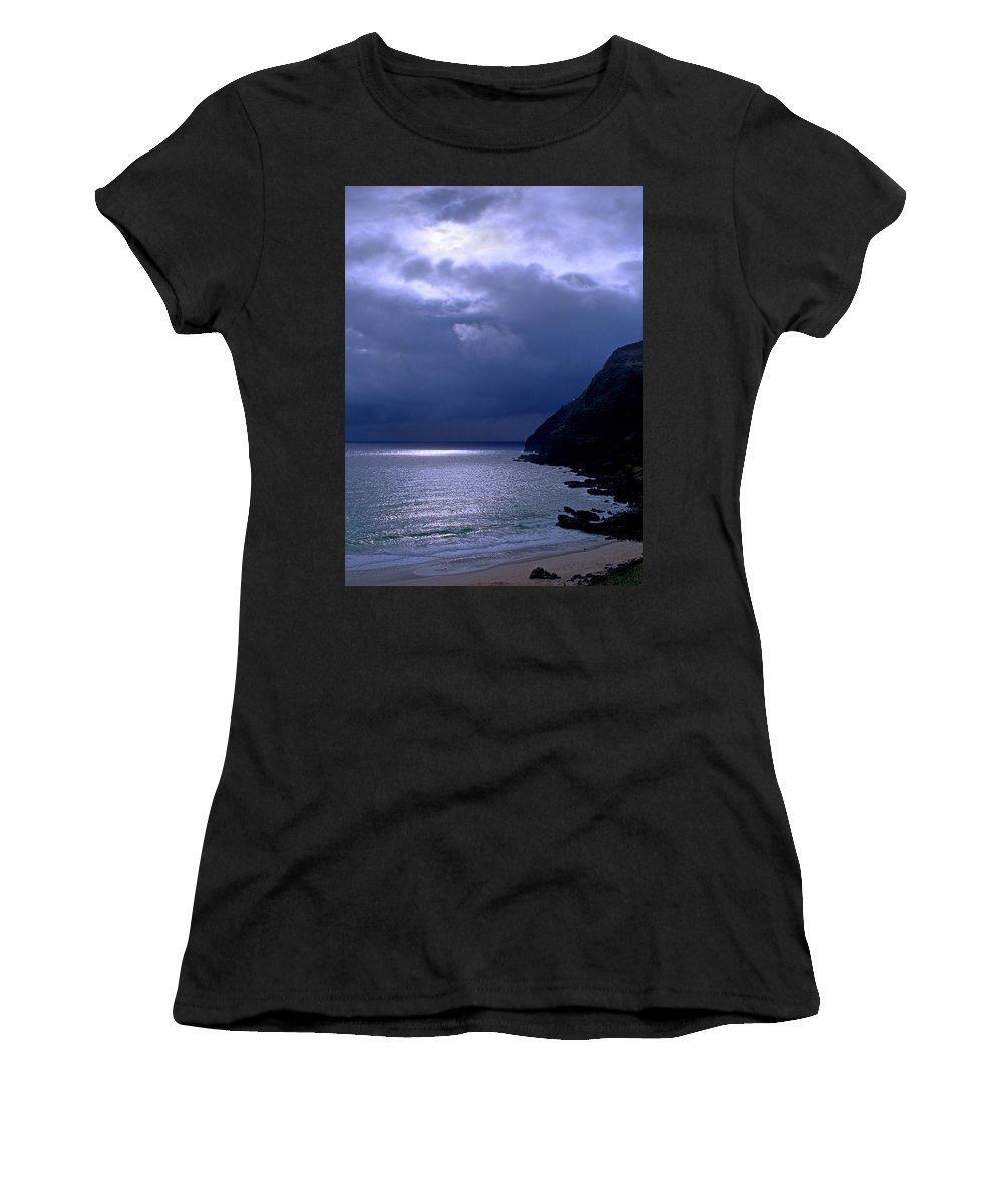 Makapuu Women's T-Shirt (Athletic Fit) featuring the photograph Makapuu Moon by Kevin Smith