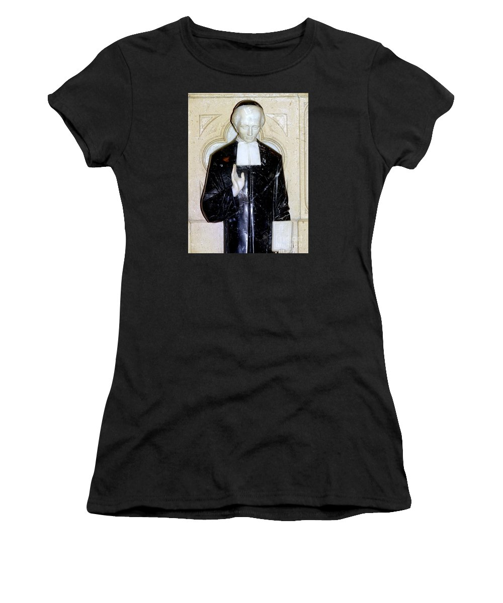 Statue Women's T-Shirt (Athletic Fit) featuring the photograph Marble Message by Ed Weidman