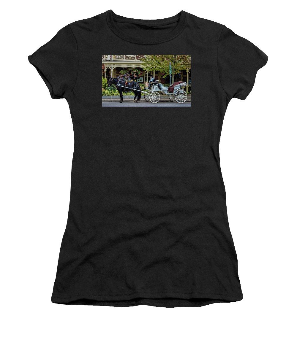 Canada Women's T-Shirt featuring the photograph Niagara On The Lake by Martin Newman