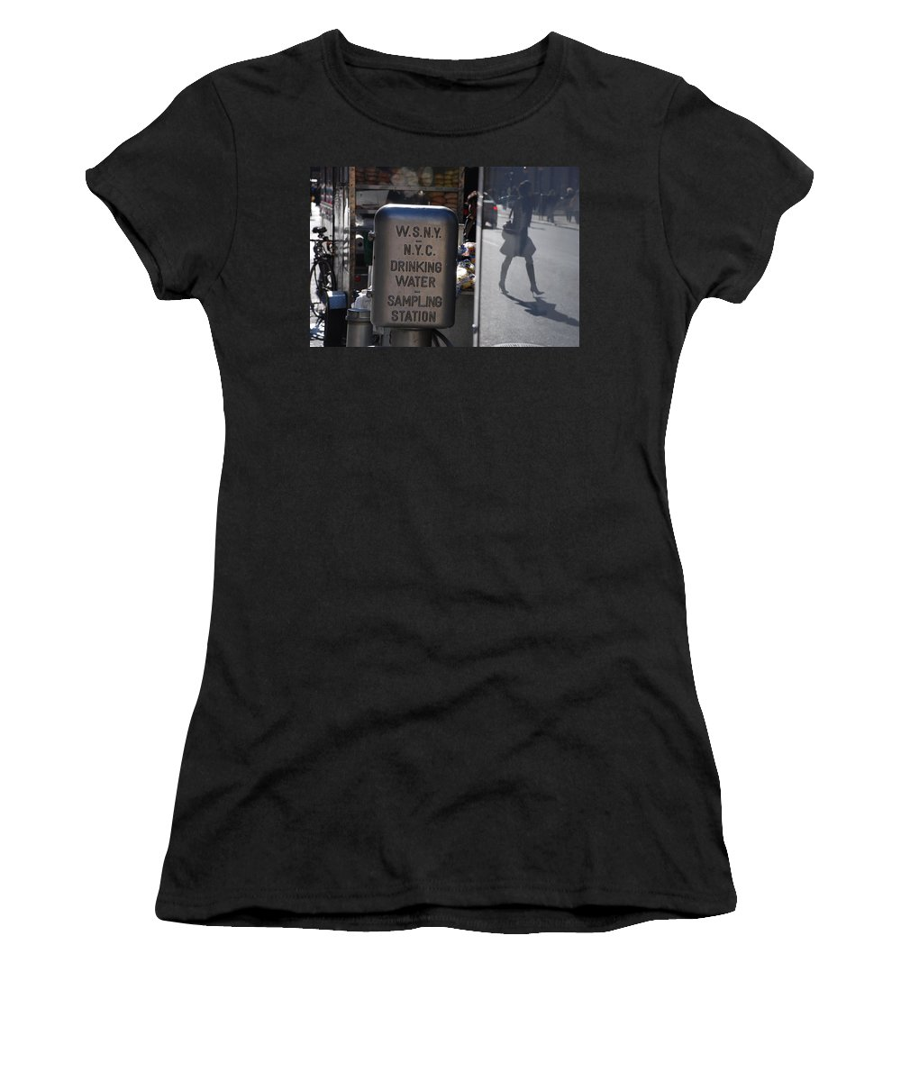 Street Scene Women's T-Shirt (Athletic Fit) featuring the photograph Nyc Drinking Water by Rob Hans