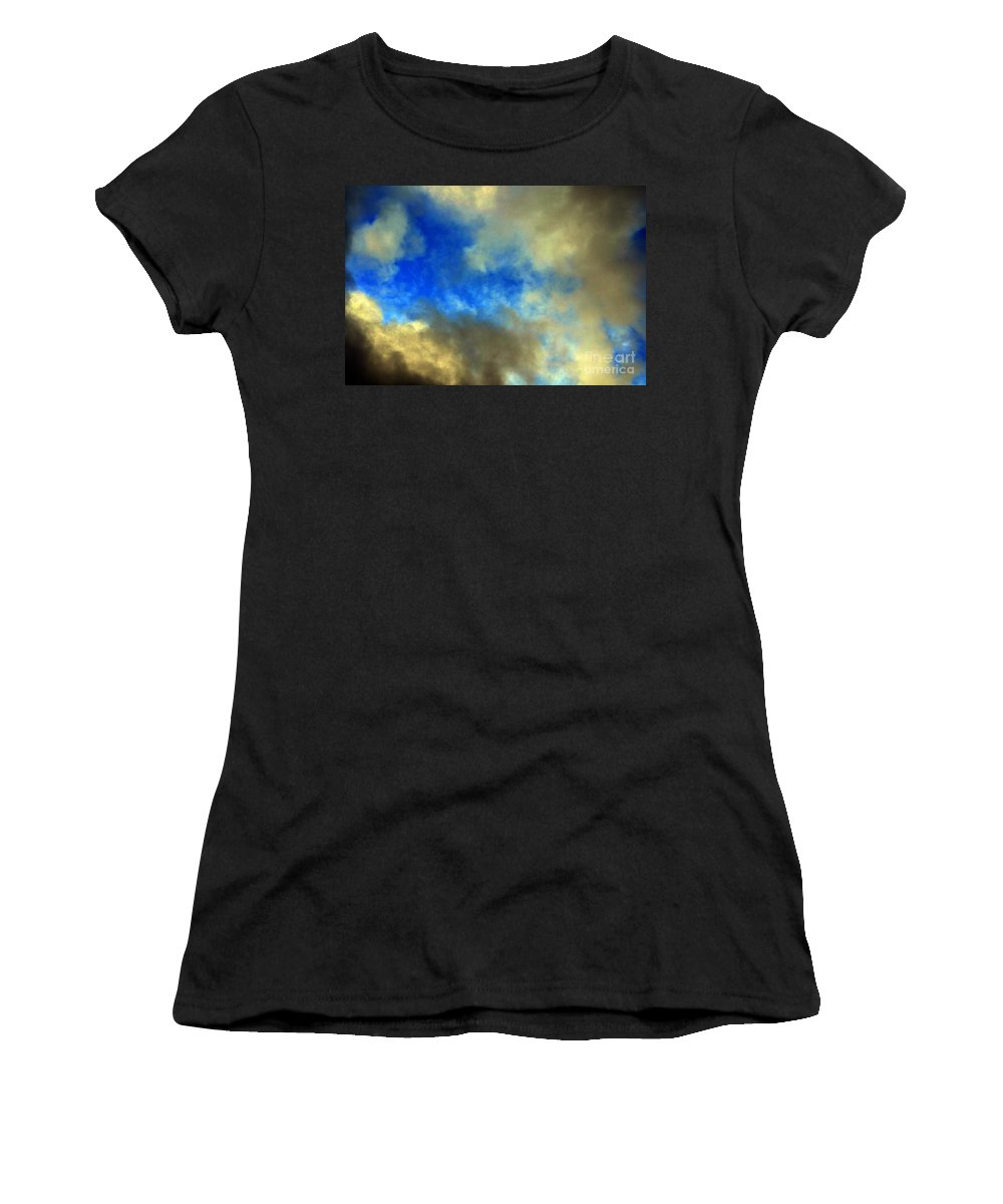 Clay Women's T-Shirt (Athletic Fit) featuring the photograph Peeking Through by Clayton Bruster