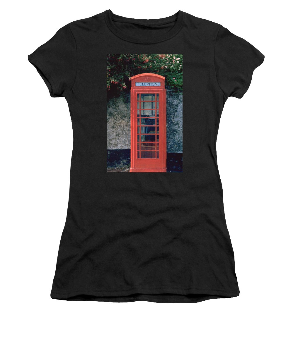 Great Britain Women's T-Shirt (Athletic Fit) featuring the photograph Phone Booth by Flavia Westerwelle
