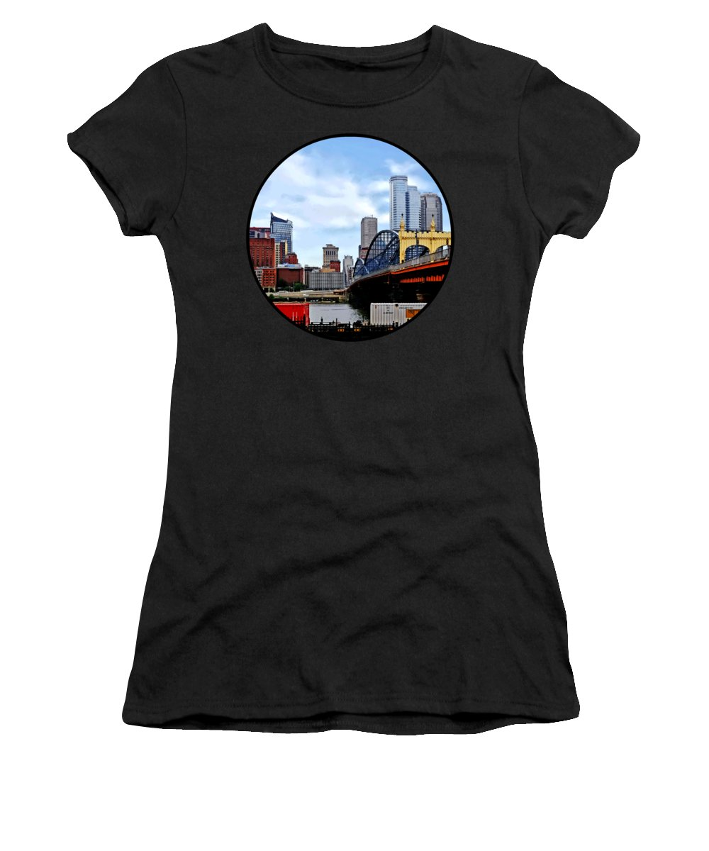 Pittsburgh Women's T-Shirt featuring the photograph Pittsburgh Pa - Train By Smithfield St Bridge by Susan Savad