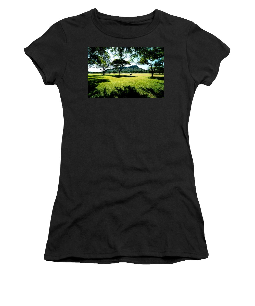 Diamond Head Women's T-Shirt (Athletic Fit) featuring the photograph Queen Kapiolani Park by Kevin Smith