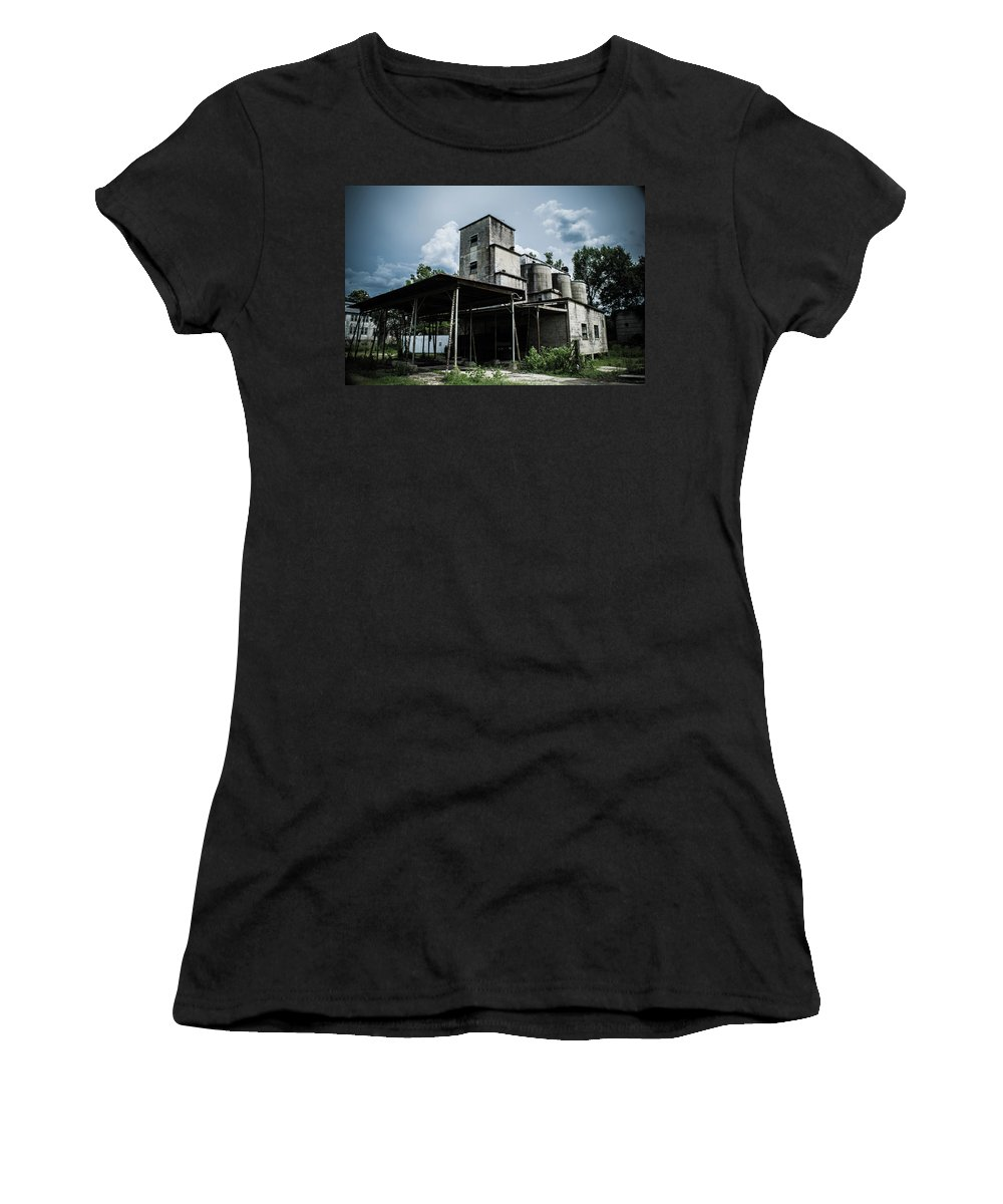 Abandoned Women's T-Shirt (Athletic Fit) featuring the photograph Recieving by Benjamin Dunlap