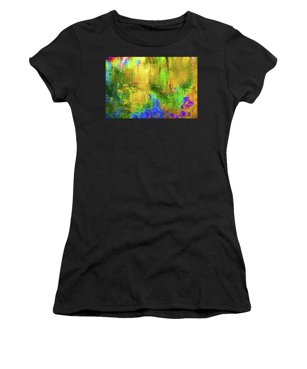 Metro Parks Women's T-Shirt (Athletic Fit) featuring the photograph Reflections #2 by Paul Mencke