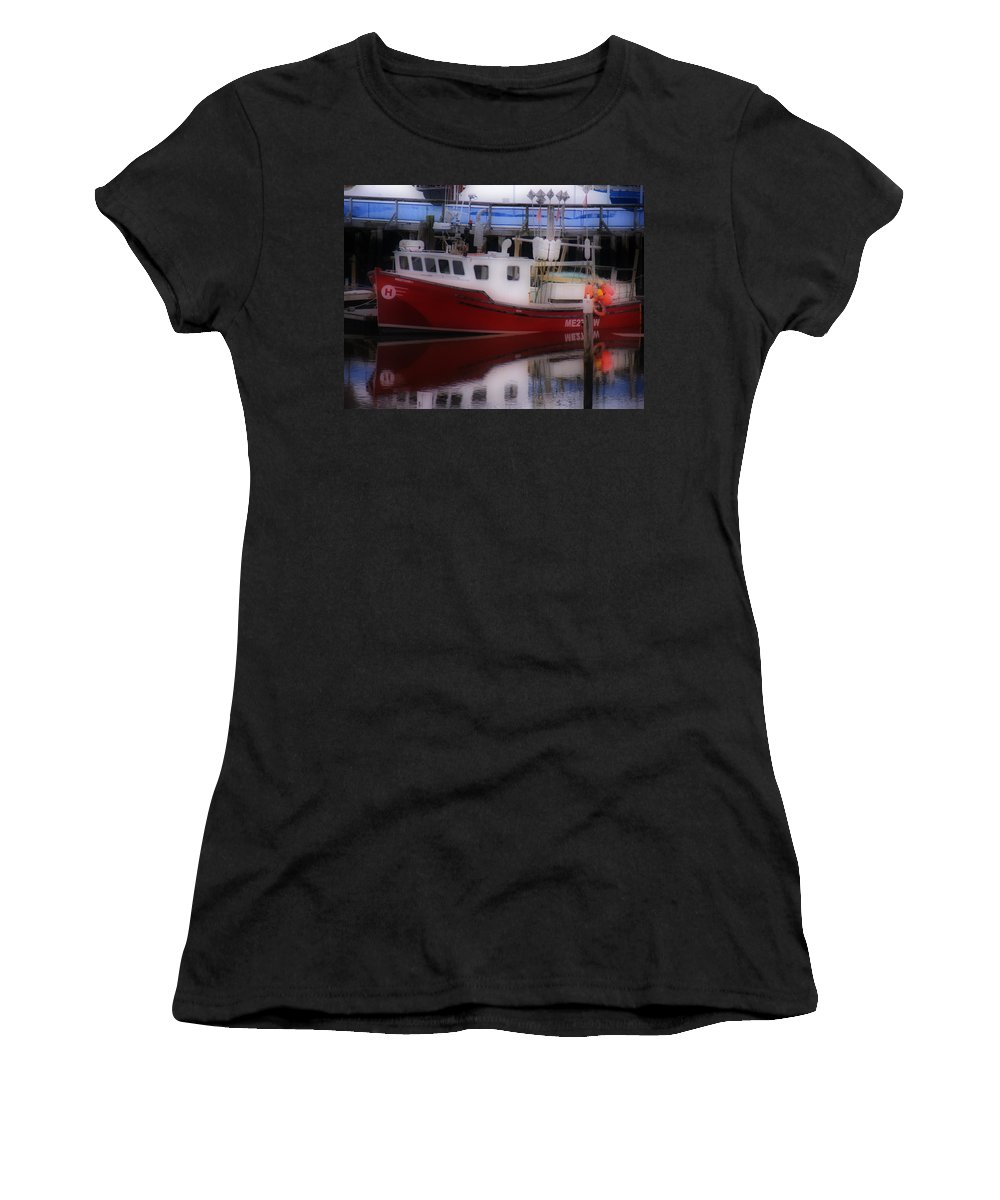 New England Photos Women's T-Shirt (Athletic Fit) featuring the photograph Reflections by Nancie DeMellia