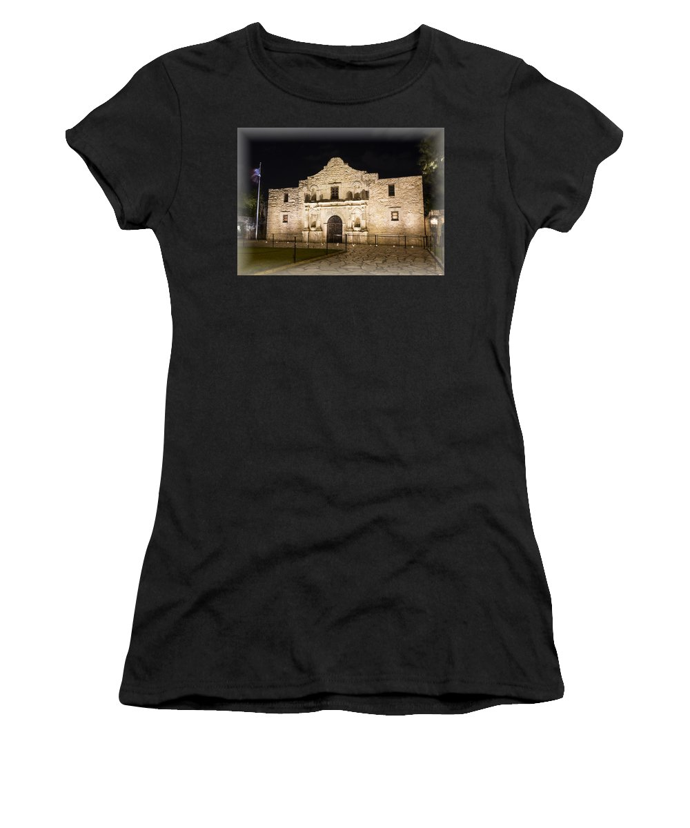 Alamo Women's T-Shirt featuring the photograph Remembering The Alamo by Stephen Stookey