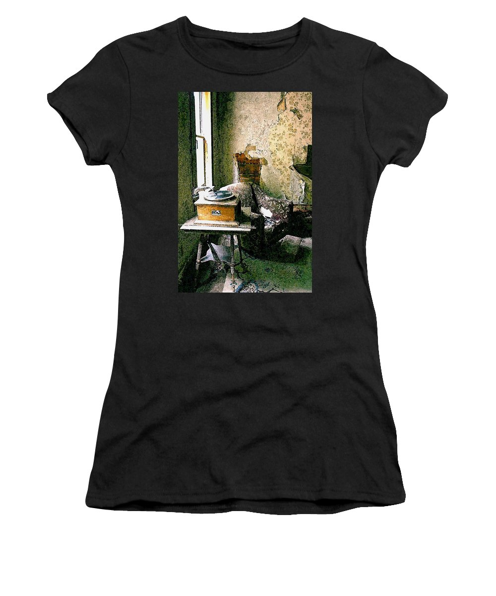 Garnet Women's T-Shirt (Athletic Fit) featuring the photograph Seen Better Days by Nelson Strong