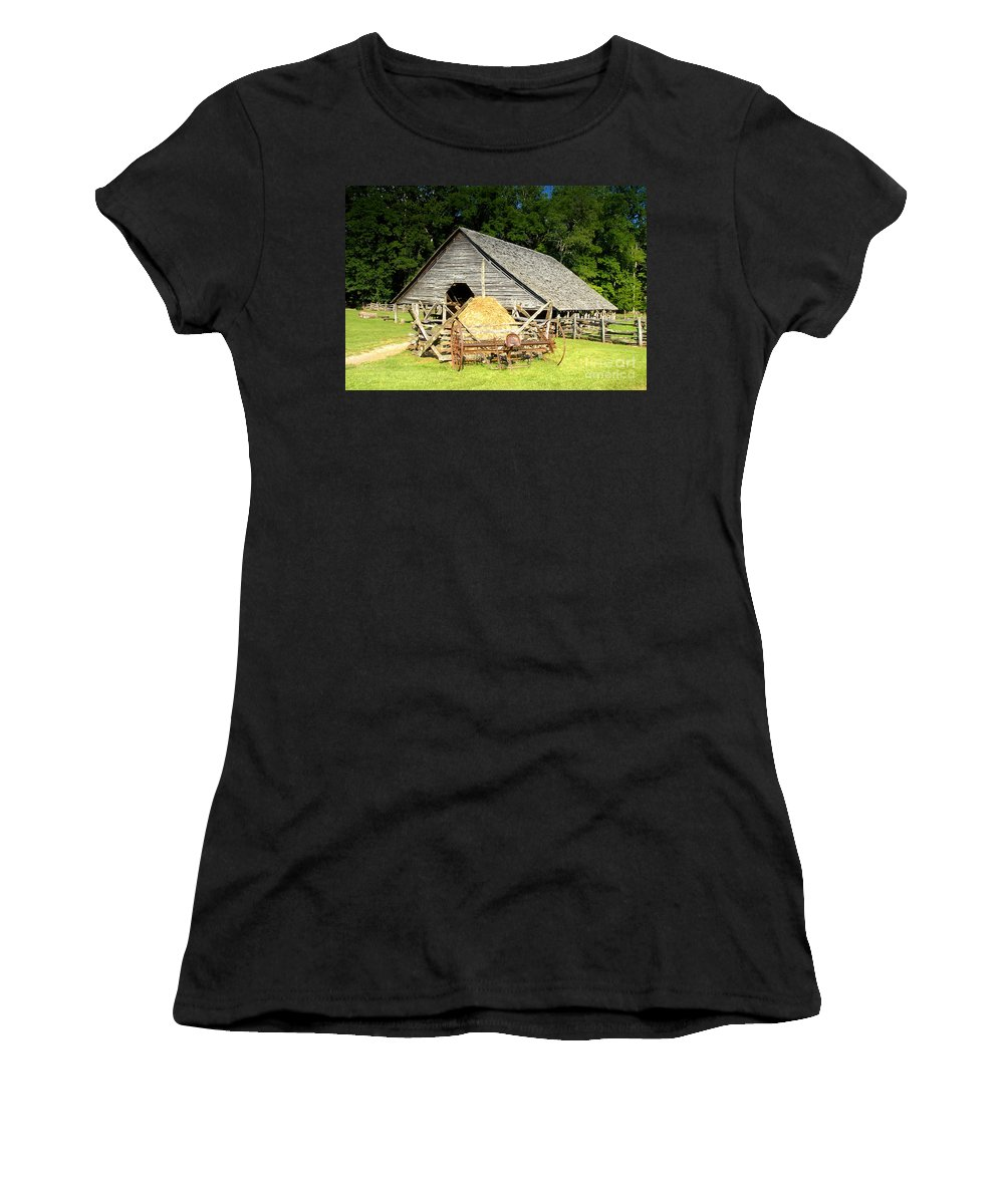 Smoky Mountains Women's T-Shirt (Athletic Fit) featuring the photograph Smoky Mountain Farm by David Lee Thompson