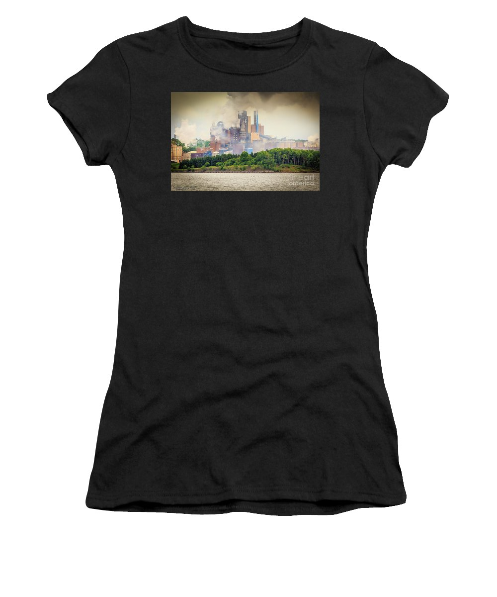 Stephen_king_fog_plant Women's T-Shirt (Athletic Fit) featuring the photograph Stephen King Fog Plant by Csaba Demzse