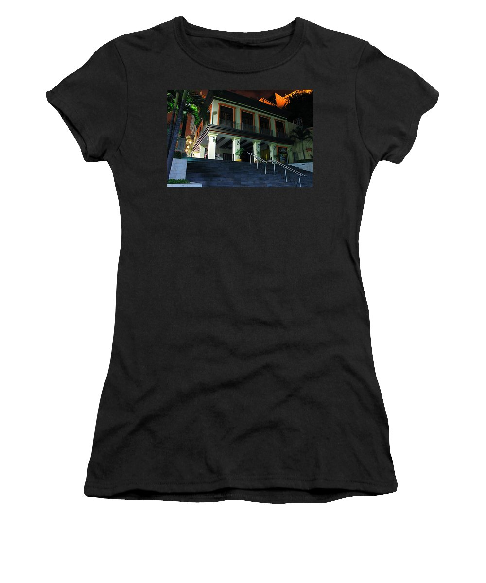 Home Women's T-Shirt (Athletic Fit) featuring the photograph Stepping Up by Francisco Colon