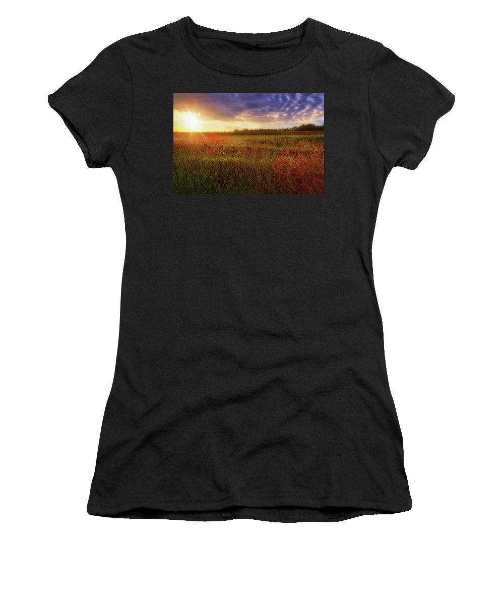 Jennifer Rondinelli Reilly Women's T-Shirt featuring the photograph Summer Sunset - Waukesha Wisconsin by Jennifer Rondinelli Reilly - Fine Art Photography