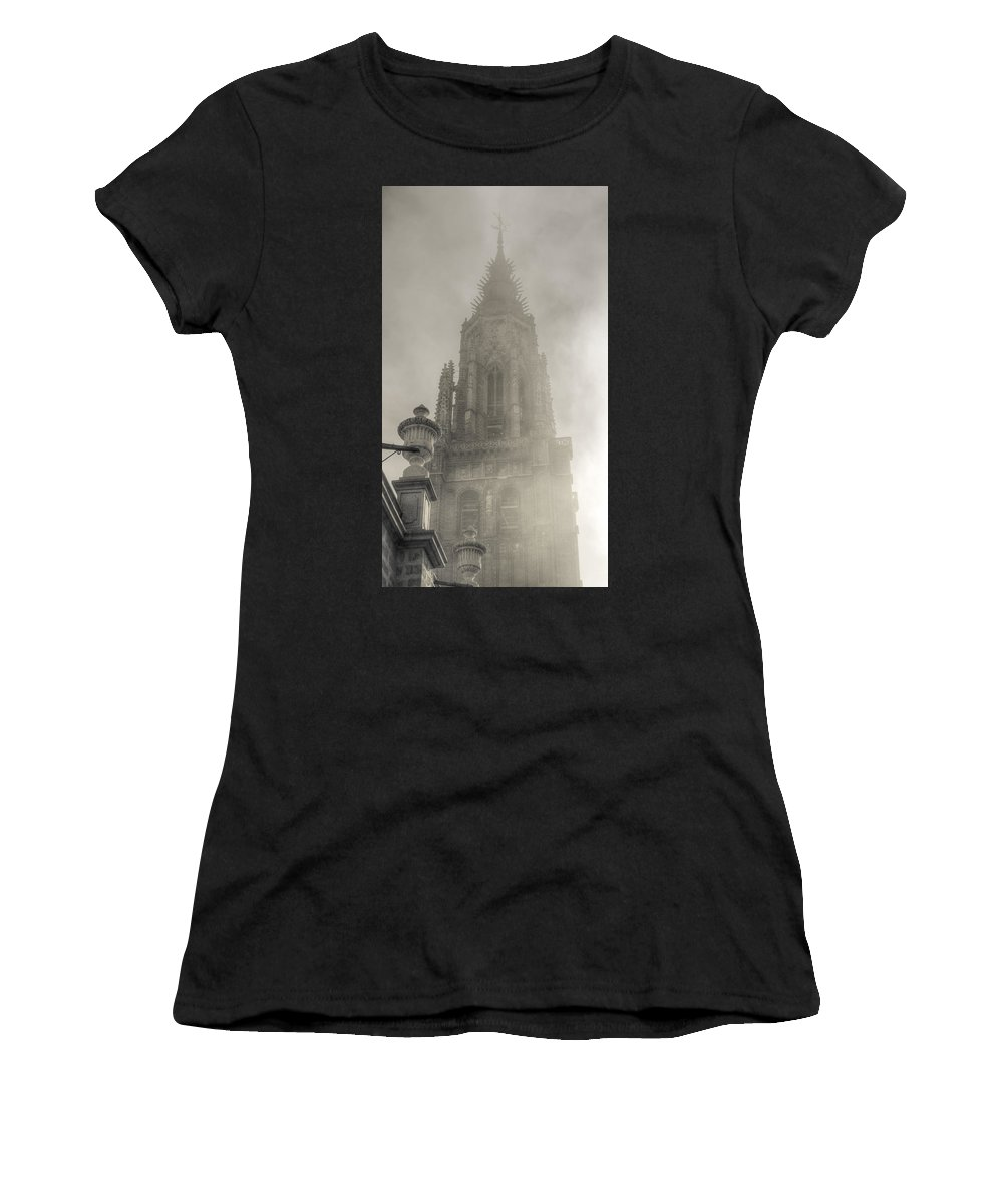 Photography Women's T-Shirt featuring the photograph Up In The Sky by Ignacio Leal Orozco
