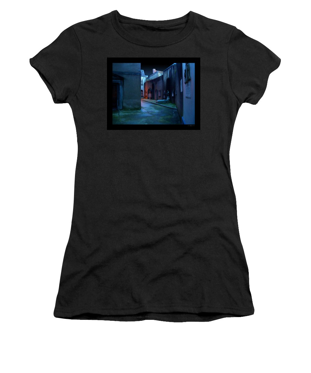 Waterford Women's T-Shirt (Athletic Fit) featuring the photograph Waterford Alley by Tim Nyberg