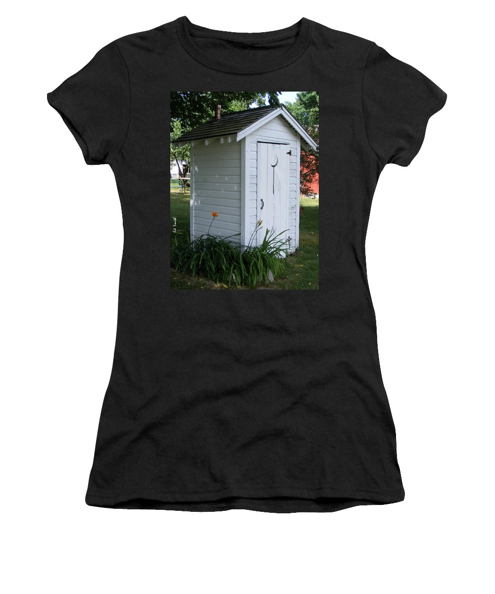 Well Manicured Water Closet Women's T-Shirt (Athletic Fit) featuring the photograph Well Manicured Water Closet by Ed Smith