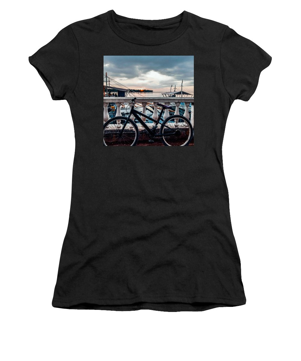Bike Women's T-Shirt featuring the photograph Traveller's point by Dynz Abejero