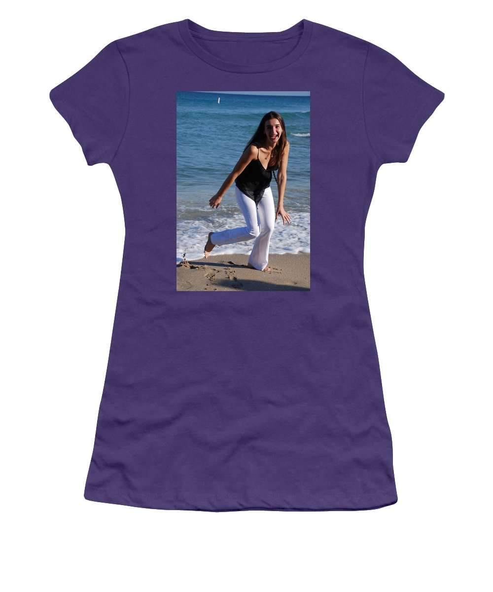 Sea Scape Women's T-Shirt (Athletic Fit) featuring the photograph Gisele by Rob Hans