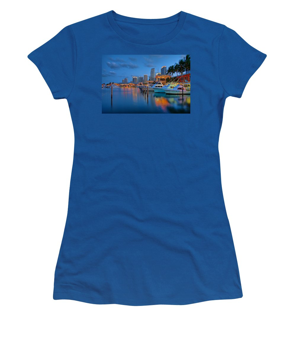 United States Women's T-Shirt featuring the photograph Bayside Marketplace by Claudia Domenig