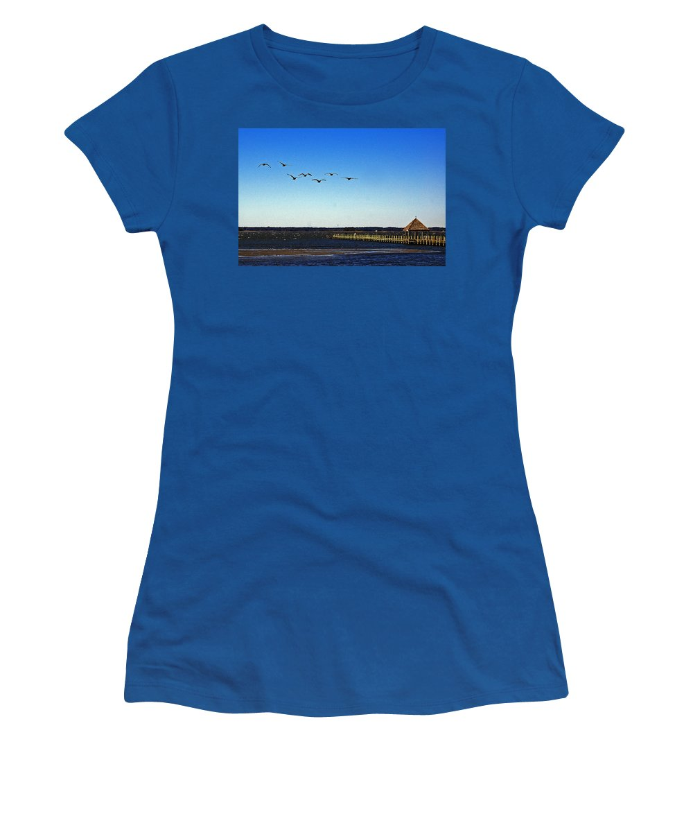 Canada Geese Women's T-Shirt featuring the photograph Canada Geese At Northside Park by Bill Swartwout Fine Art Photography