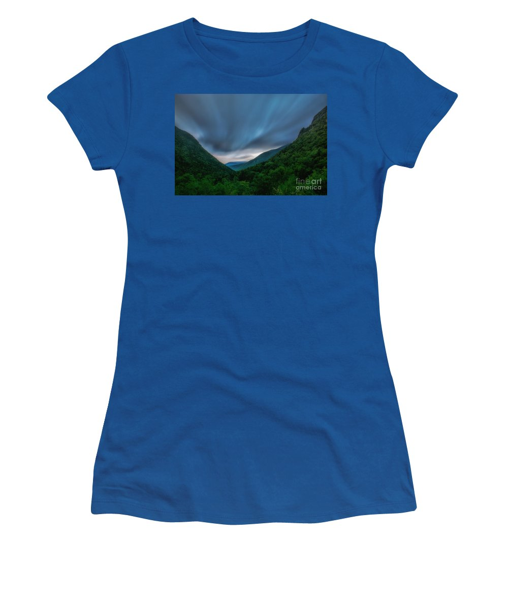 White Mountains Women's T-Shirt featuring the photograph Comin Round The Mountain by Scott Thorp