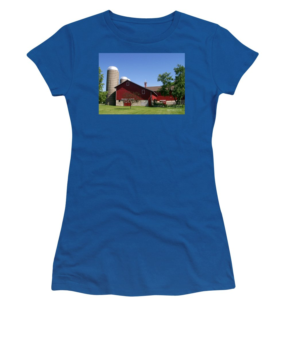 Red Women's T-Shirt featuring the photograph Greene Farmstead by Laurie Eve Loftin
