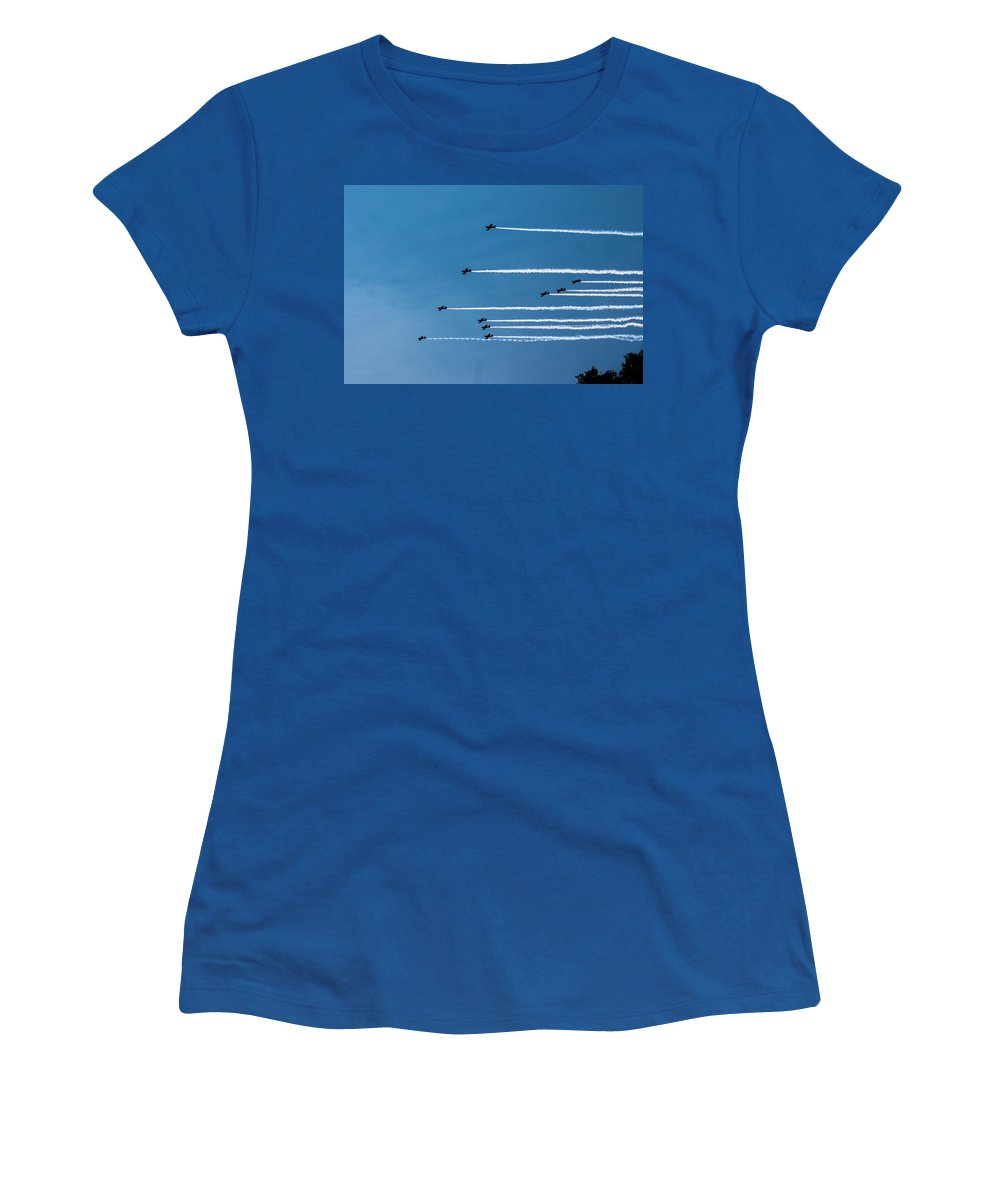 Women's T-Shirt featuring the photograph Incoming by Sue Conwell