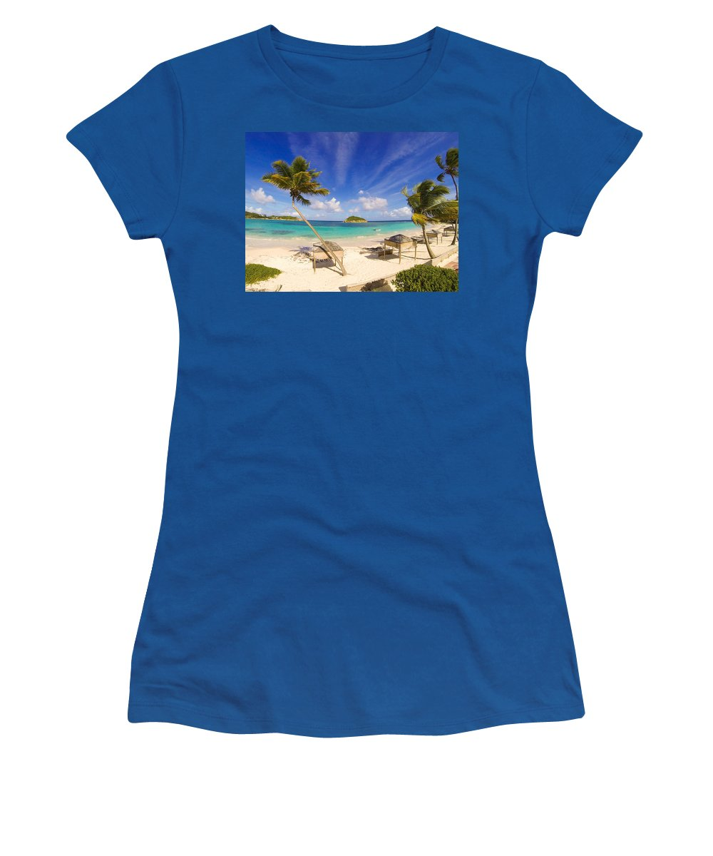 Halfmoon Bay Women's T-Shirt featuring the photograph Island Breeze by Ferry Zievinger