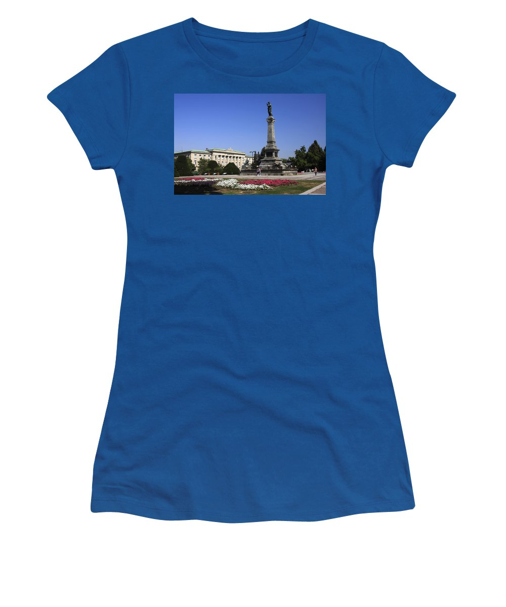 Monument Of Freedom Women's T-Shirt featuring the photograph Monument Of Freedom by Sally Weigand